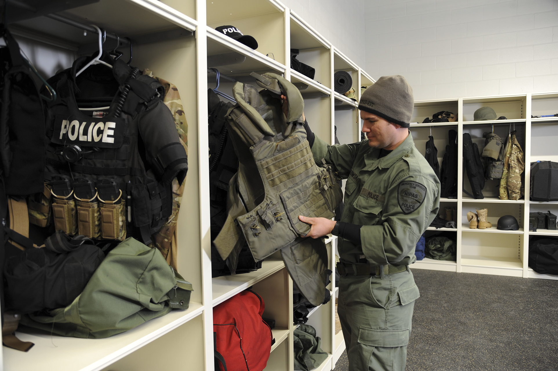 custom heavy duty lockers assist with police tactical gear storage