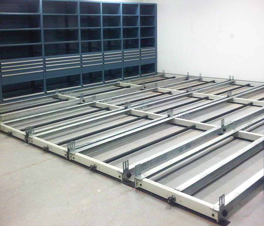 Carriages on rails of mobile storage system at Aveva Drug Delivery Systems