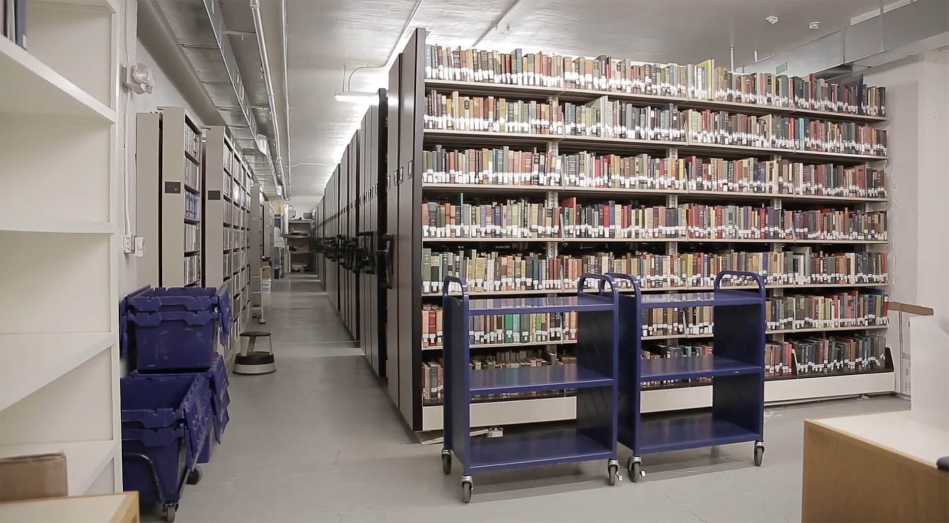 Library books storage on mechanical assist mobile storage system at Gettysburg College