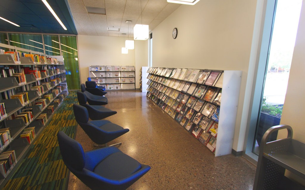 Cantilever Magazine Display Shelving Shelving at Gateway Community College