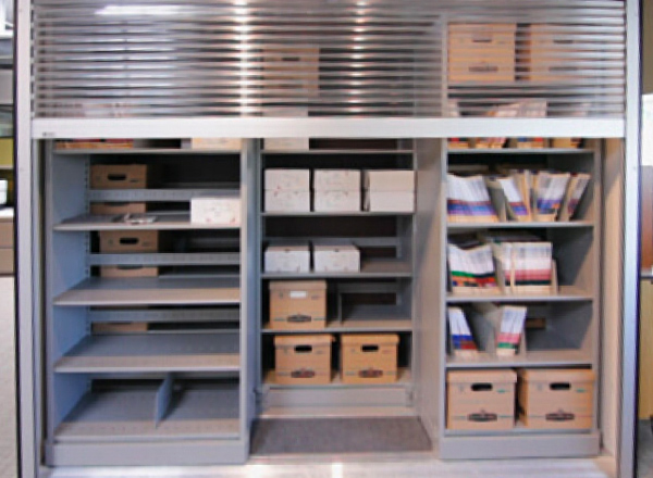 Lateral Sliding Shelving with rolldown locking doors