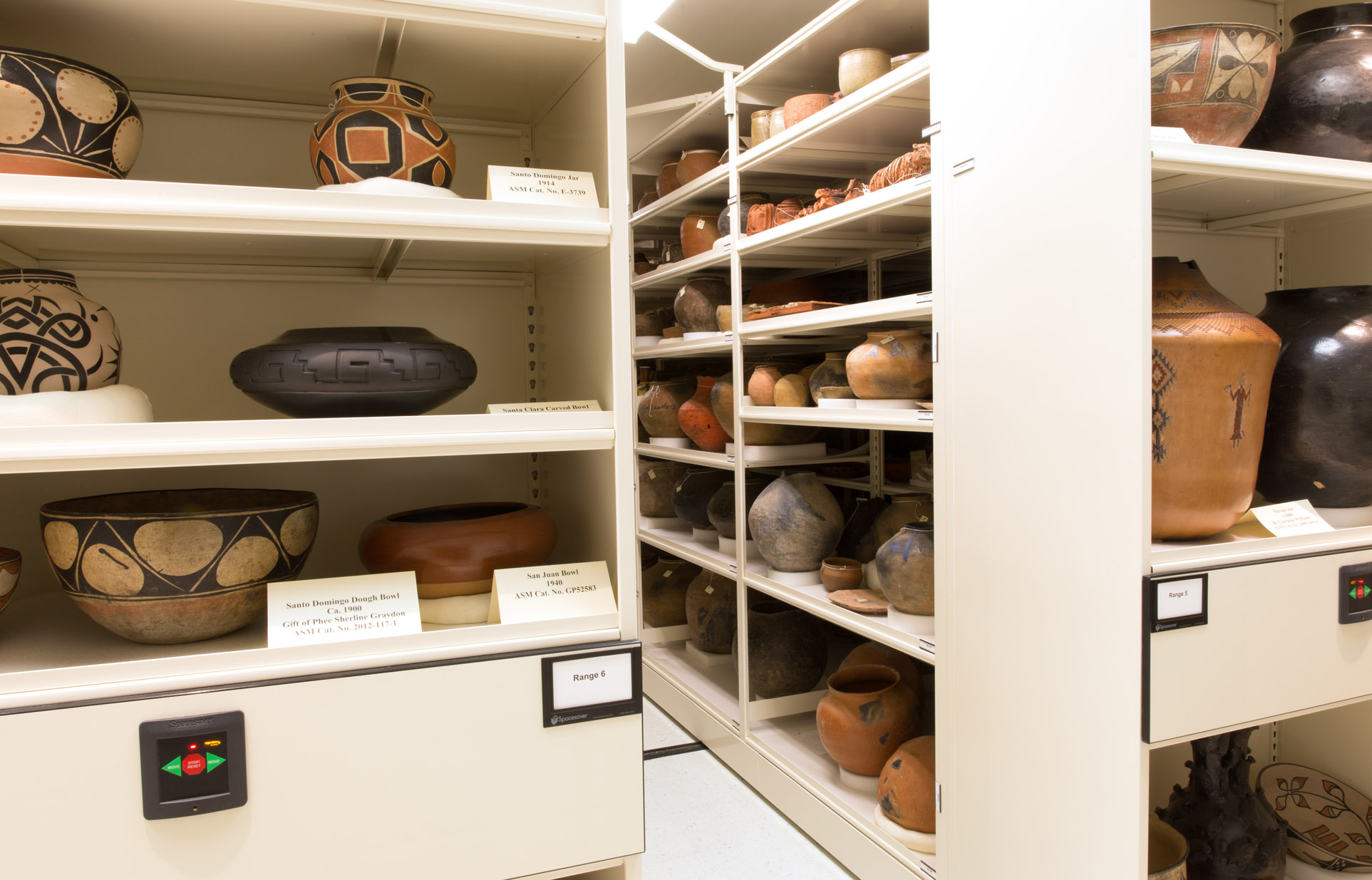 climate-controlled-compact-storage-museum