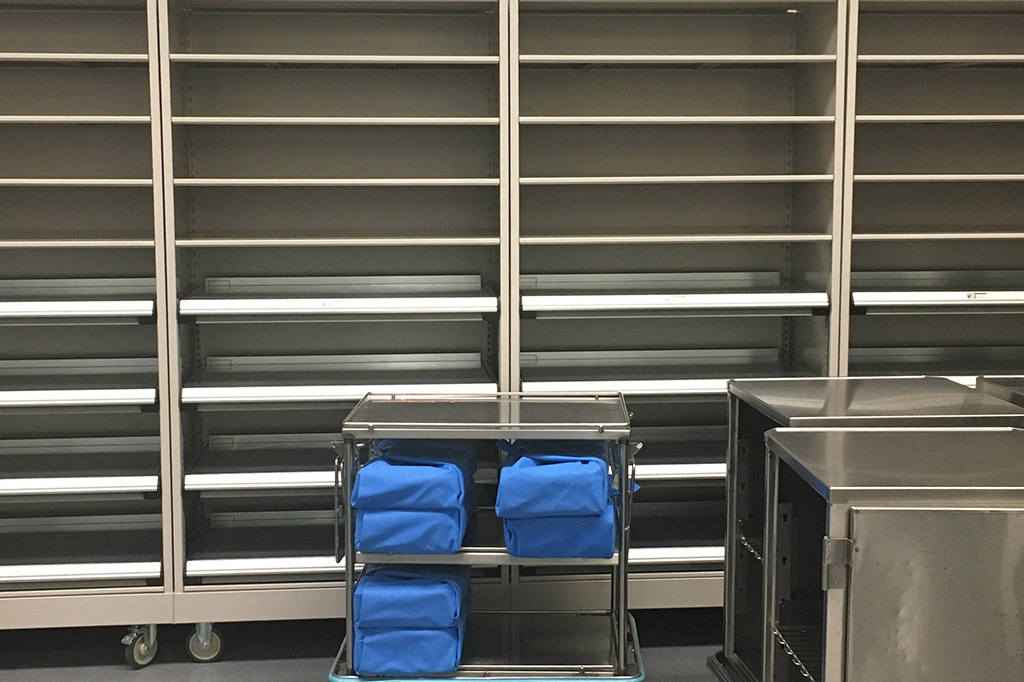 Healthcare 4-post Shelving on Casters