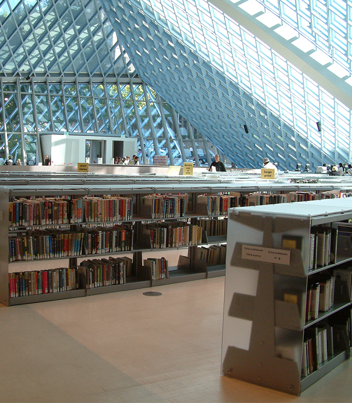 Book Storage for Libraries with Natural Lighting Intergration