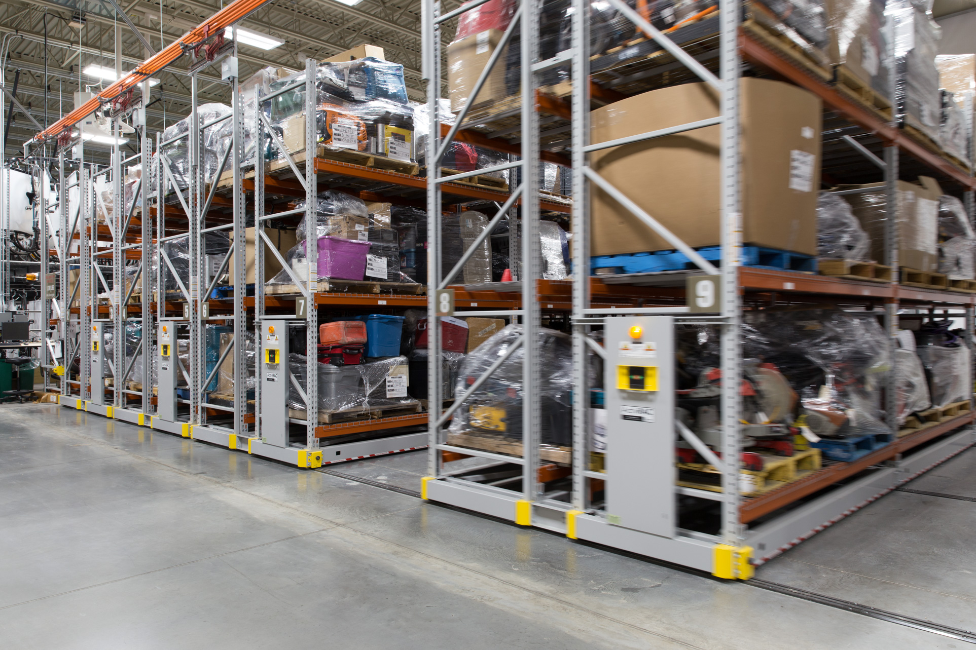 long-term evidence storage on mobile pallet racking