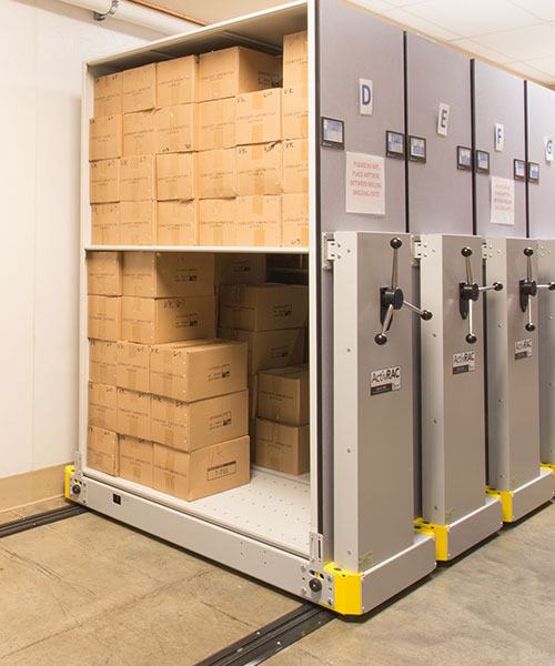 healthcare mobile shelving systems