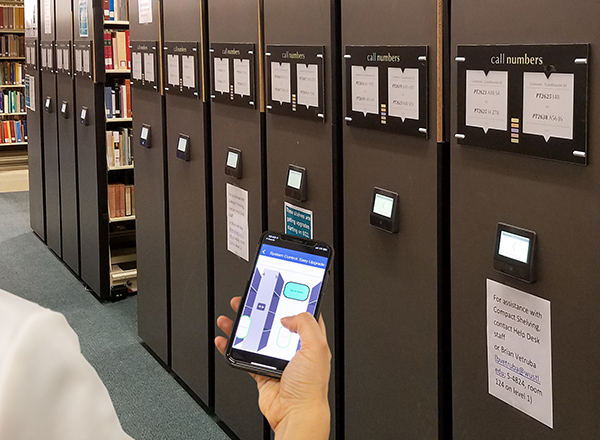 electric powered shelves mobile app tusc control