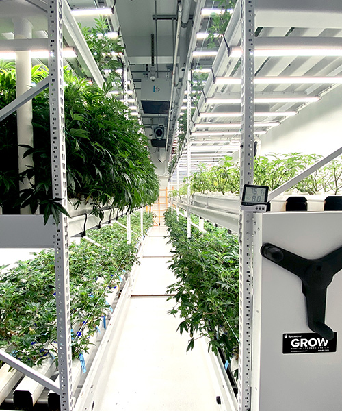 vertical rolling racking cannabis systems