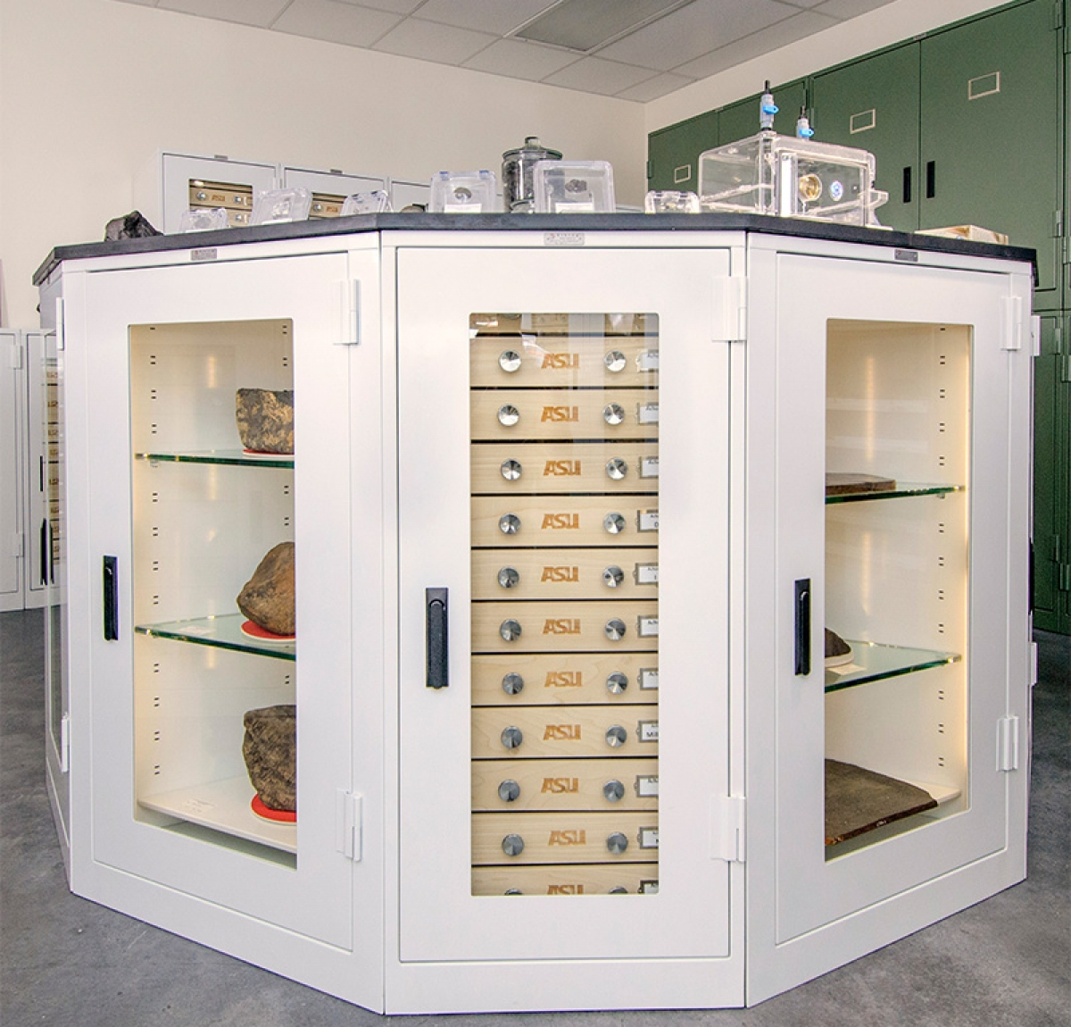 Off Gassing Cabinets Museum Storage Cabinets Spacesaver Corporation